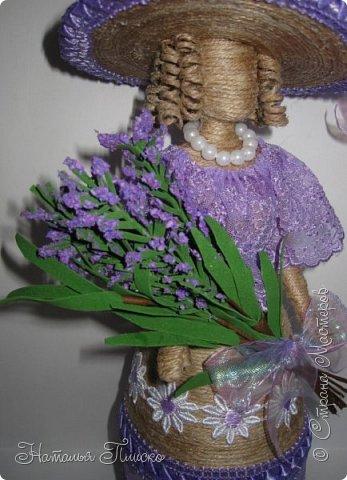 Ещё раз здравствуйте, дорогие друзья!!! Продолжаю тему кукол... Когда-то у меня уже была Леди Прованс (http://stranamasterov.ru/node/767536), но я её подарила одной замечательной девушке. С тех пор, почти два года, я всё собиралась её повторить для своей коллекции, и долго бы ещё собиралась, если б не выставка - благодаря ей моя коллекция пополнилась сразу на двух куколок))))) Первая у меня здесь - http://stranamasterov.ru/node/1016072, теперь предлагаю рассмотреть девушку из Прованса))))) фото 4
