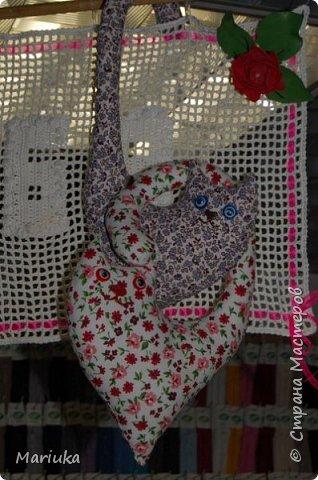 Всем доброго времени суток. Вот такие котики у меня получились ко дню Святого Валентина(делали украшение к празднику на работе). фото 5