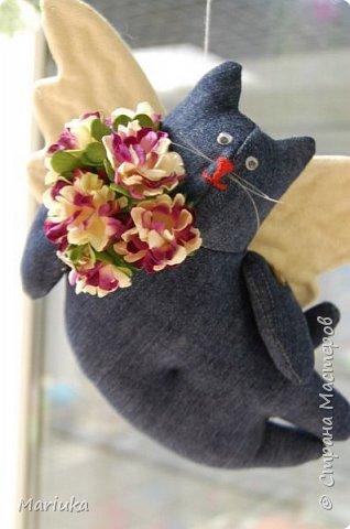 Здравствуйте. Я очень люблю кошек... и, к Валентинову дню, влюбленные коты так и сшились)))   фото 1