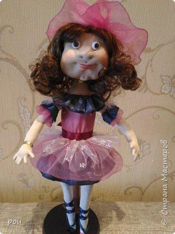 Кукла-балерина. Высота 35 см. Из трикотажа. В ножках проволока фото 4