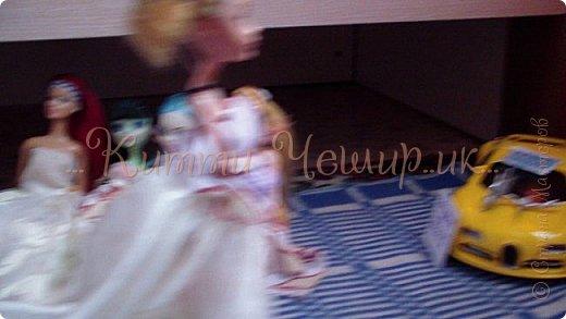 Привет!Мы сдаем эту  работу на конкурс ''Весенний бал Беатриче'!  В ВК наше платье оценили так :1/10 Но оно так задумано! фото 14