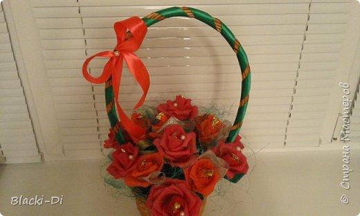 Розы из конфет фото 3