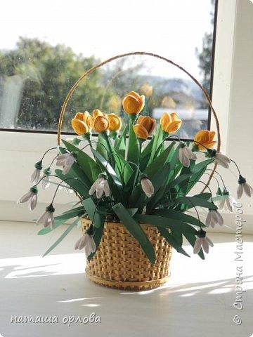"""Доброго времени жители """"Жители страны мастеров """" . Представляю вам свою самую первую корзинку с весенними цветами.       Корзиночку делала по МК Светланы http://stranamasterov.ru/node/377437 фото 4"""