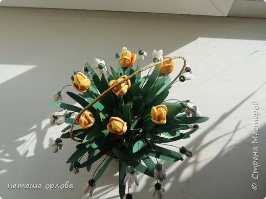 """Доброго времени жители """"Жители страны мастеров """" . Представляю вам свою самую первую корзинку с весенними цветами.       Корзиночку делала по МК Светланы http://stranamasterov.ru/node/377437 фото 5"""