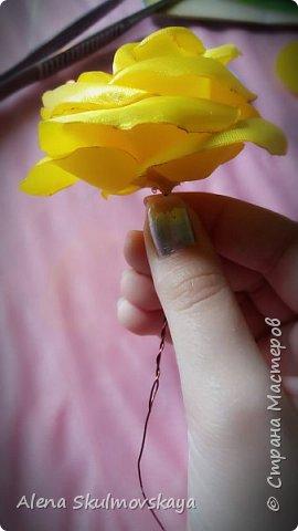 розы из атласных лент фото 15