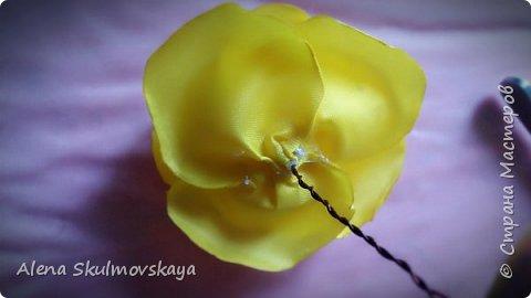 розы из атласных лент фото 16