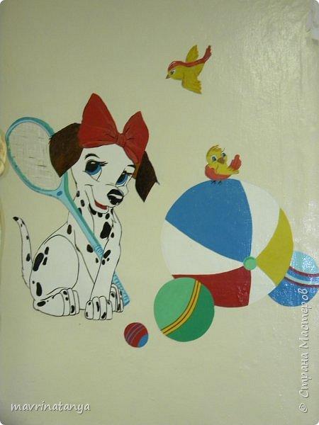 """Здравствуйте! Лет семнадцать назад рисовала на стене в детском саду. Помню, образцом послужил рисунок с открытки. В длину рисунок получился 2,5м, в высоту - примерно 1,3м. И стена, и рисунок """"живы"""" до сих пор.  фото 2"""