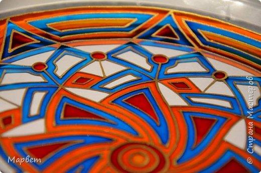 Витражная роспись по стеклянной тарелке. фото 5
