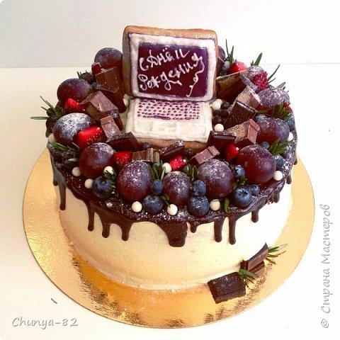Вот такой яркий с пряничками получился у меня тортик на годовасие одной очень миленькой девчушке ))) фото 10