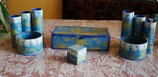 Сделала небольшие органайзеры. Ещё украсила коробочку для моих трафаретов - была просто коробка из под телефона. Кубик - это коробочка из под бальзама - тренировалась на ней делать вуальку. фото 1