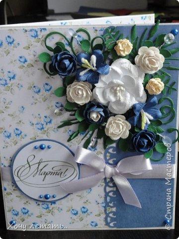 Вот и кончилось  8 марта. Было сделано много открыток в подарок. Вот только часть. Голубые  цветочки выполнены в ручную, надпись распечатана на принтере. фото 4