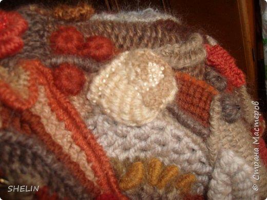 Тёплая кофточка-курточка крючком в стиле фриформ фото 12