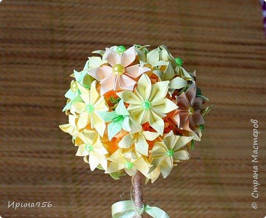 Из бумаги. Торцевание + цветы оригами + бусины. фото 18
