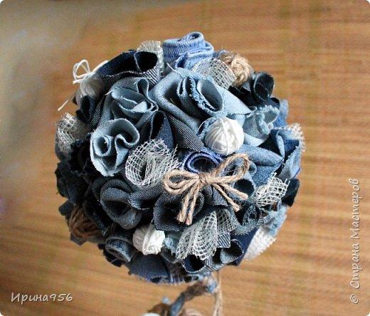 Из бумаги. Торцевание + цветы оригами + бусины. фото 15