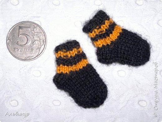 Однажды увлеклась я вот таким мини-вязанием. Было интересно и весело создавать малюток :))) фото 1