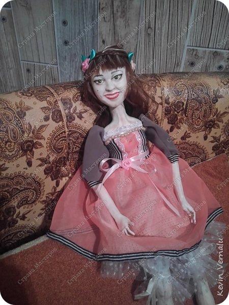 Всем снова привет.Вот и закончила свой необычный заказ....И выкладываю Мини мастер класс по созданию образа портретной куколки. фото 15