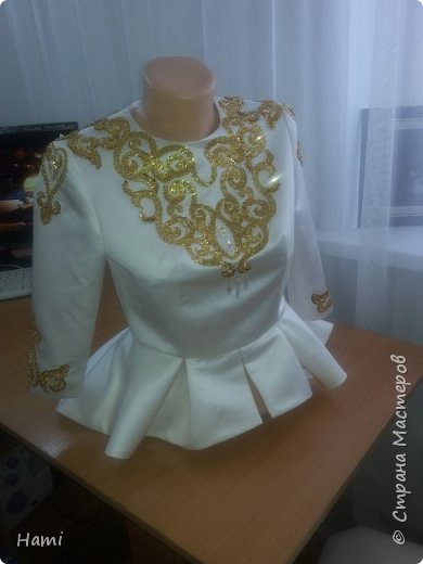 Платье шила не я, я только украсила) и пояс сделала. фото 4