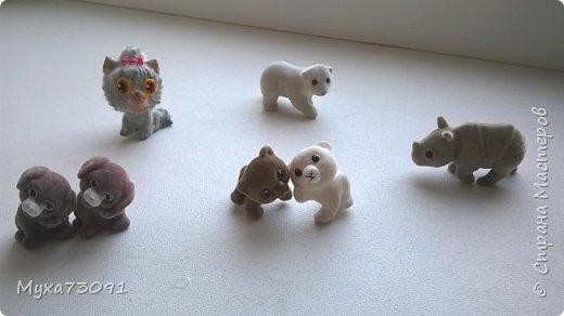 Привет всем!Хочу поделиться нашей коллекцией с сынулей -маленькими киндер- сюрпризами.Кому эта тема понравилась,предлагаю в комментариях выложить ваши киндеры)) фото 20