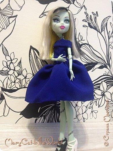 Вернулась я? Я не вернулась. Я просто осознала, что если я уже не увлекаюсь куклами, а шить мне очень нравится, то почему бы и не шить пока есть такая возможность и с новым телефоном качество фотографий намного лучше. фото 2