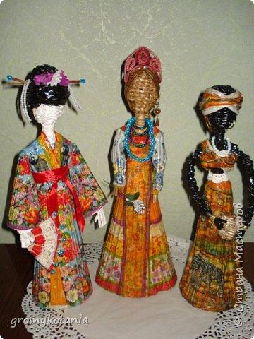 Добрый всем день!!Вот после африканки и японок подумала,а почему бы не начать плести наших славянок.Первая получилась русская. фото 5