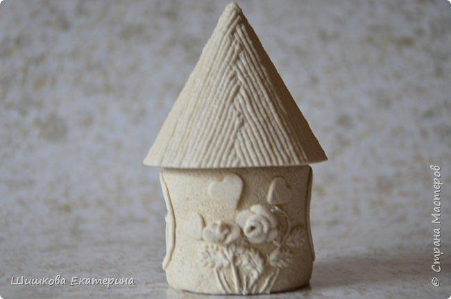 """Весна, солнце, цветы, любовь! У меня """"родилась"""" идея создать вот такой домик. Разукрасить осталось ... фото 1"""