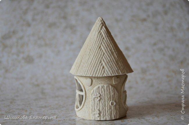 """Весна, солнце, цветы, любовь! У меня """"родилась"""" идея создать вот такой домик. Разукрасить осталось ... фото 4"""