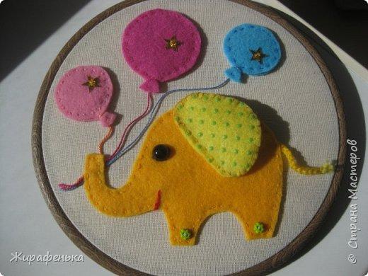 А к нам прилетел слон и не розовый,но с розовым настроением по случаю дня Рождения малышки-сестрёнки Маргариты,которой исполнился 1годик. С моей помощью Вероника 7лет( моя соседка) сделала такое красивое панно-картинку. фото 7