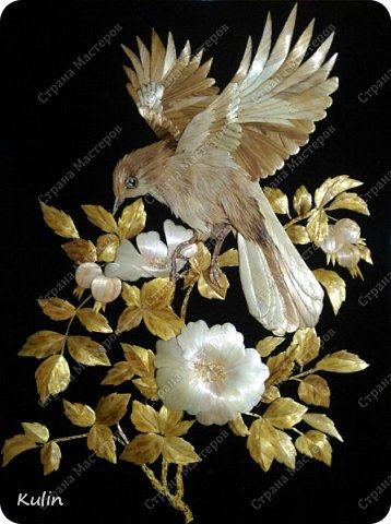 Птица повсеместно — символ свободы (идеи отделения духовного начала от земного), души (в том числе, когда она покидает тело)