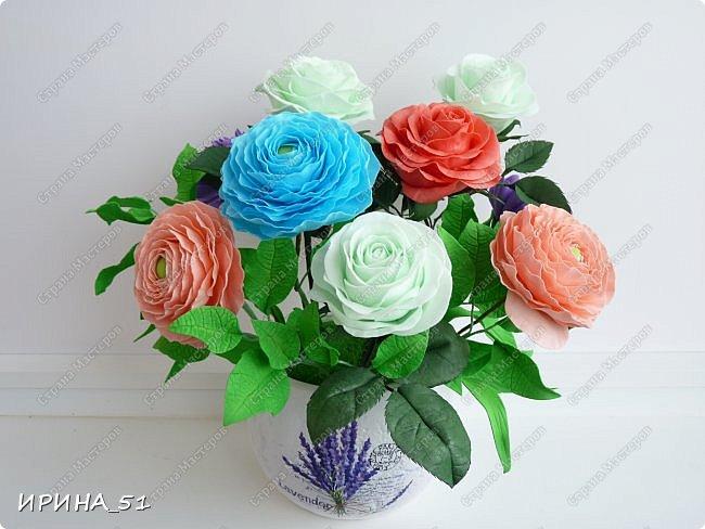 Добрый день дорогие соседи замечательной Страны Мастеров! Сегодня я к Вам с очередной порцией фоамирановых цветов.  Приглашаю к просмотру.  Новая роза. Собственная разработка, сложная серединка, многослойное окрашивание.  фото 6