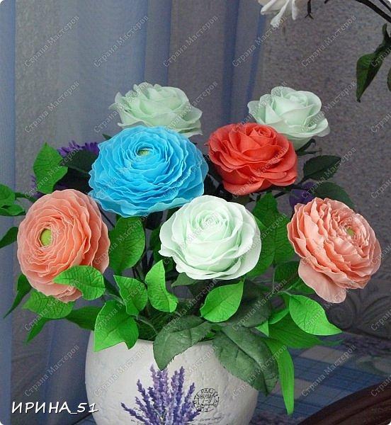 Добрый день дорогие соседи замечательной Страны Мастеров! Сегодня я к Вам с очередной порцией фоамирановых цветов.  Приглашаю к просмотру.  Новая роза. Собственная разработка, сложная серединка, многослойное окрашивание.  фото 7
