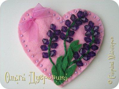 Такие сердца можно делать не только из фетра, но и  из салфеток для хозяйственных нужд.  фото 10