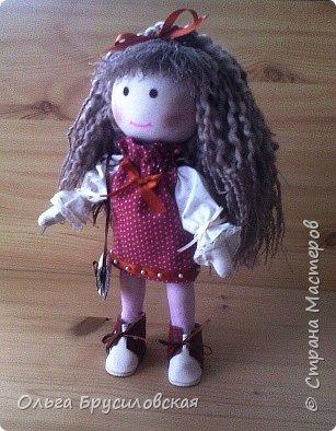 Привет всем в СМ! Мое увлечение шитьем кукол продолжается. Не все получается, изъянов много, кукляшки пока простенькие, с простыми мордочками...   Но люблю их всех очень-очень! Куклы как дети; их просто любишь и все - они ведь твои родные... фото 1