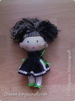 Привет всем в СМ! Мое увлечение шитьем кукол продолжается. Не все получается, изъянов много, кукляшки пока простенькие, с простыми мордочками...   Но люблю их всех очень-очень! Куклы как дети; их просто любишь и все - они ведь твои родные... фото 10