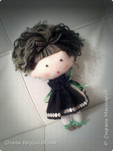 Привет всем в СМ! Мое увлечение шитьем кукол продолжается. Не все получается, изъянов много, кукляшки пока простенькие, с простыми мордочками...   Но люблю их всех очень-очень! Куклы как дети; их просто любишь и все - они ведь твои родные... фото 11