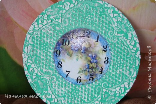 Решила сделать очередные часы,переделывала их раза четыре,это окончательный вариант. фото 4