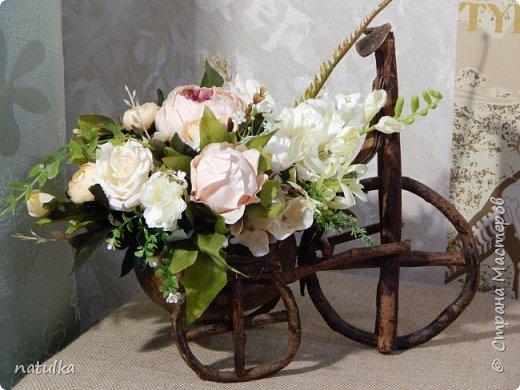 цветочная композиция на лисапете фото 1