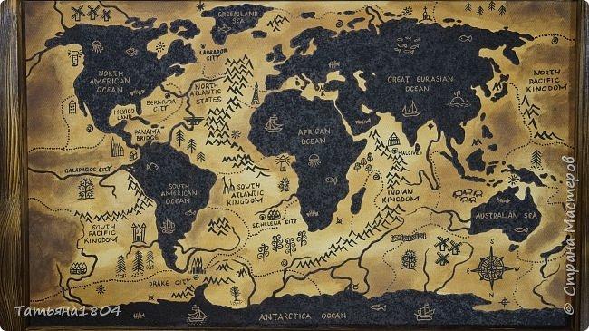 """Карта """"Мир наоборот"""" (вместо воды - суша, вместо суши - вода). Размер вместе с рамкой 72х50 см. Полностью написана вручную (акрил, кофе), материки из кофейной гущи, рамка - обжиг и брашировка. фото 2"""