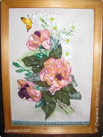 Всем хорошего настроения и доброго здоровья!!Здравствуйте,мои дорогие!!!Захотелось мне цветов,много цветов,разной формы и цвета,вот и вышился такой букетик из веточки розы садовой и ромашек- такое простой летом и недостижимый ранней весной.Но,все в наших силах,дождемся и живых! фото 4