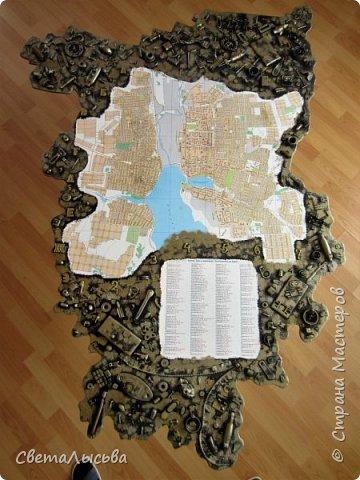 Здравствуйте, все! Эта карта была сделана для друзей, работающих во вторсырье. Основа - фанера, в форме нашего Пермского края, а на ней карта города Лысьва фото 2
