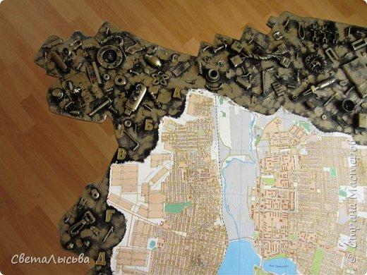 Здравствуйте, все! Эта карта была сделана для друзей, работающих во вторсырье. Основа - фанера, в форме нашего Пермского края, а на ней карта города Лысьва фото 3