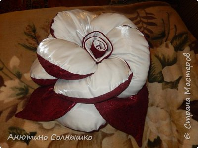 Ламбрекен на заказ и подушка роза в подарок!!! фото 2