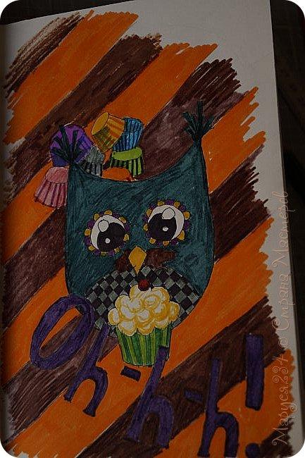 """Всем привет! Наконец-то я проснулась от зимней спячки. Сегодня я сдаю работу (И не одну!) на конкурс """"В мире птиц"""" Это работа №1 Птичка зимой кушает ягодки. Рисовала на уроке истории ))) фото 2"""