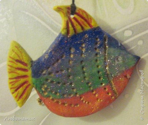 Здравствуйте! Представляю вашему вниманию поделки, которые заказала моя дочка.   № 1 - это ёлочная игрушка. В одну веточку собраны мини арбуз, груша, апельсин, яблоки и гусеница Махаона. Вот такая весёлая идея :-)  фото 6
