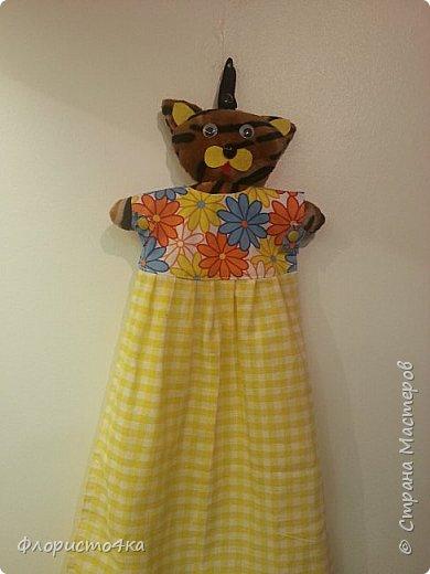 В оригинале, в платье- полотенце, одета куколка. Идея и выкройка взята из интернета.  фото 5