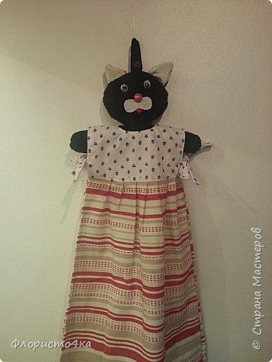 В оригинале, в платье- полотенце, одета куколка. Идея и выкройка взята из интернета.  фото 2