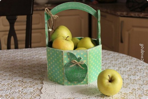 Доброго дня всем, дорогие мастера! Делала я лукошко пасхальное, а получилось яблочное, вот ведь как бывает. фото 5