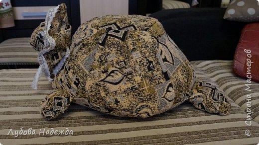 """Подушка """"Черепаха"""" фото 3"""