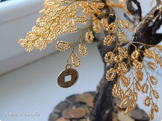Здраствуйте мастера и мастерицы. Снова у меня денежные деревья. В этот раз сделала в золотом цвете. Бисер чешский. Делались на одном дыхании. фото 11