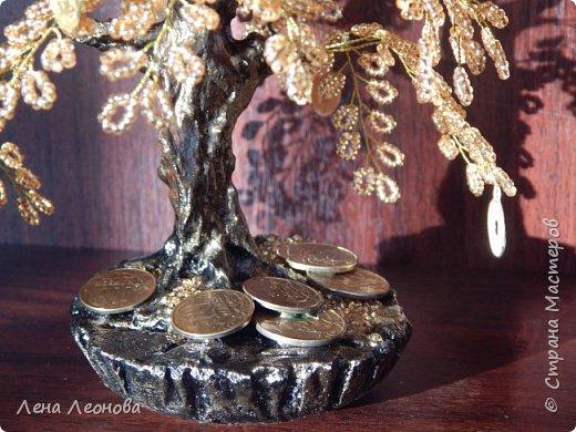 Здраствуйте мастера и мастерицы. Снова у меня денежные деревья. В этот раз сделала в золотом цвете. Бисер чешский. Делались на одном дыхании. фото 18