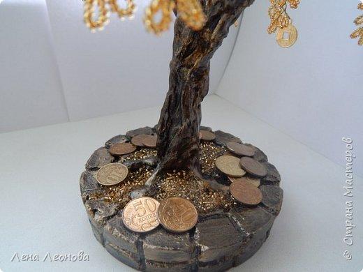 Здраствуйте мастера и мастерицы. Снова у меня денежные деревья. В этот раз сделала в золотом цвете. Бисер чешский. Делались на одном дыхании. фото 5